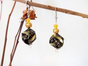 Boucles d'oreilles DIY Origami - Globes noirs or