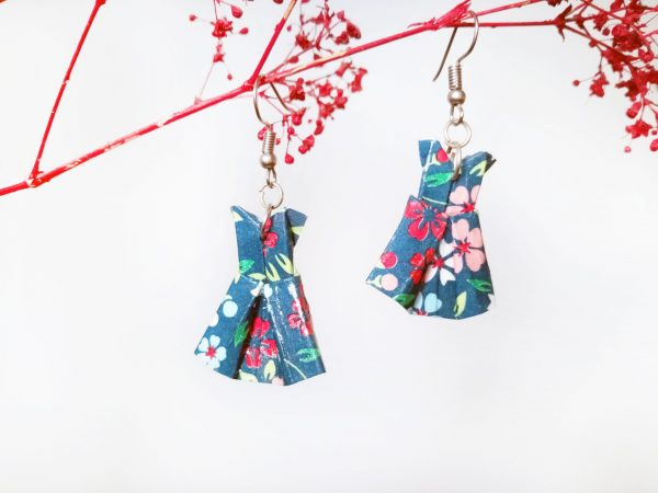 Boucles d'oreilles Origami - Robes bleues foncees