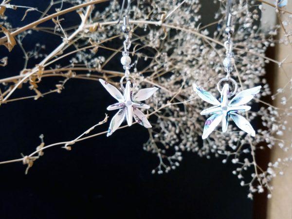 Boucles d'oreilles - Origami - Fleurs etoiles blanches